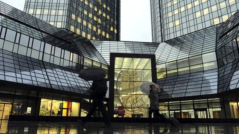 Sanierungskosten: Deutsche Bank macht zwei Milliarden Verlust