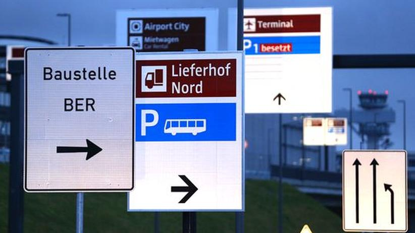 Berlin-Brandenburg: Technikchef rechnet mit Flughafen-Eröffnung erst 2015