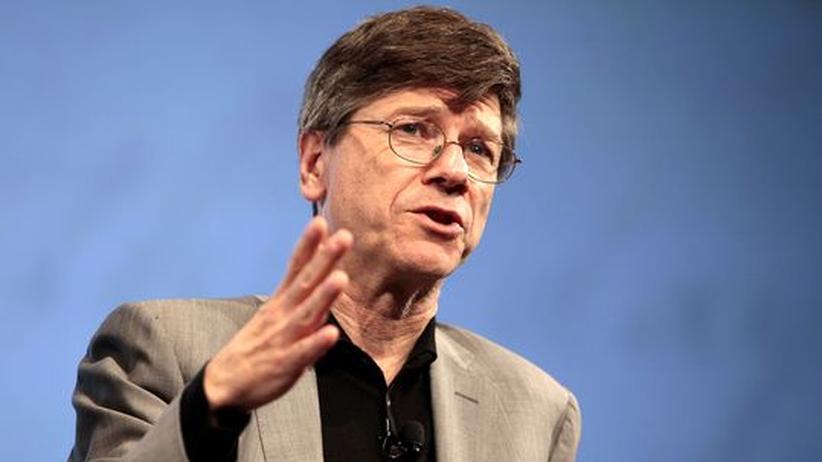 US-Ökonom Jeffrey Sachs: Jeffrey D. Sachs, Ökonom an der Columbia University, auf einer Podiumsdiskussion in New York (Archivbild)