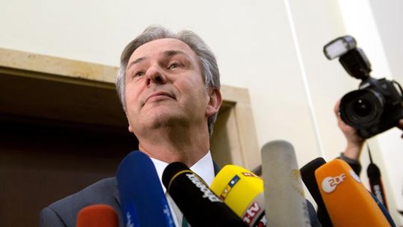 BER-Debakel: An Wowereit prallen die Rücktrittsforderungen ab