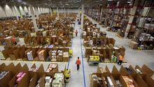 Ein Logistikzentrum von Amazon in Graben bei Augsburg