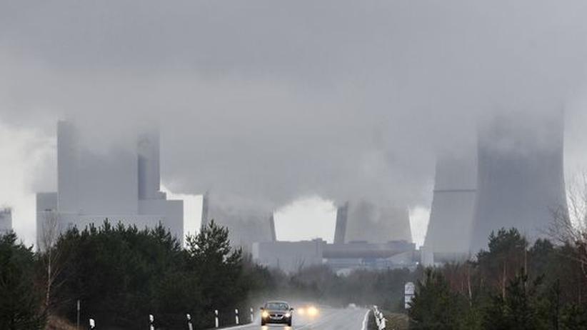 Emissionshandel: Ein Braunkohlekraftwerk im sächsischen Boxberg (Archiv)