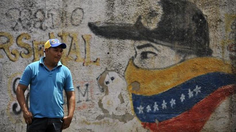 Venezuela: Chávez hat das System erhalten und das Land ruiniert