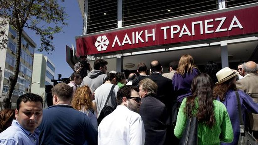 Staatskrise: Zyperns Banken sollen Politikern Millionen erlassen haben