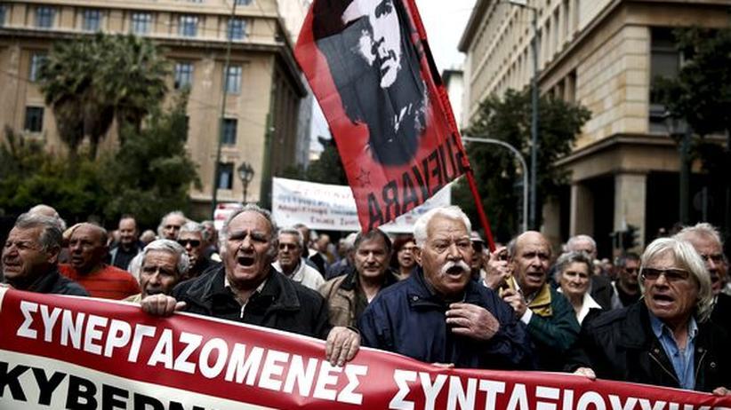 Haushaltsdefizit: Proteste in Athen