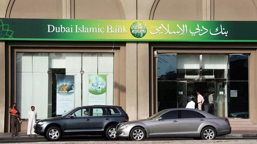 Ökonomie: Filiale der Dubai Islamic Bank: Das Institut bietet Islam-konforme Finanzprodukte an.