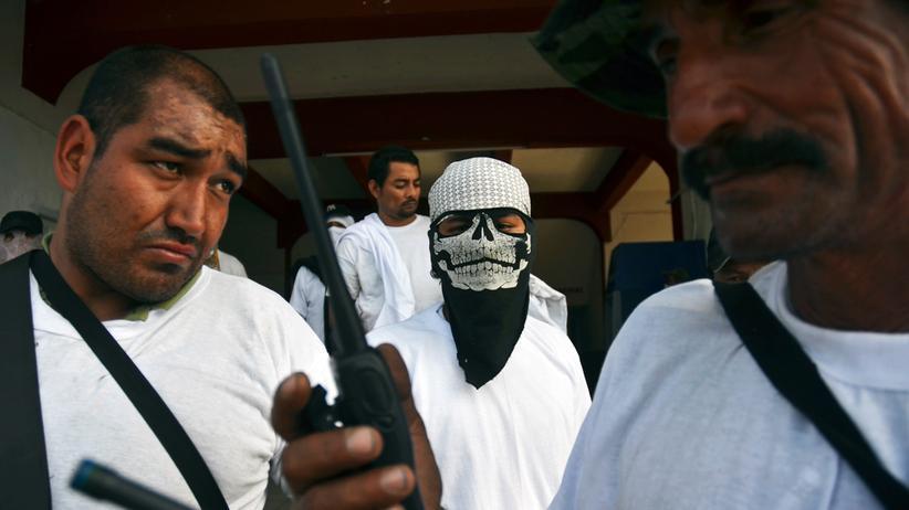Mitglieder einer Buergerwehr gegen das Drogenkartell der Tempelritter in Michoacan, Mexiko
