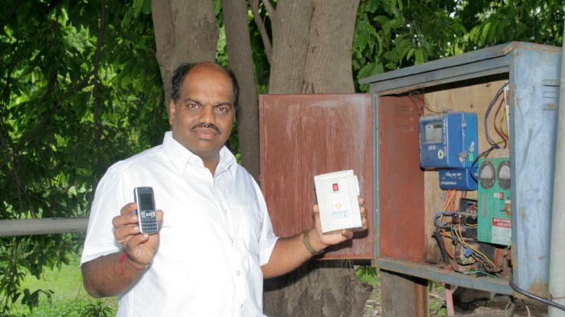 Indien: Santosh Ostwal mit seiner Erfindung
