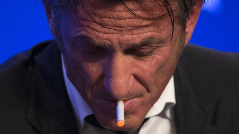 E-Zigarette: Auch Prominente wie Schauspieler Sean Penn greifen zur E-Zigarette.