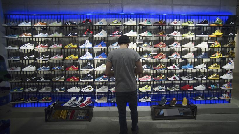 eBay und Amazon: Kartellamt zwingt adidas zum freien