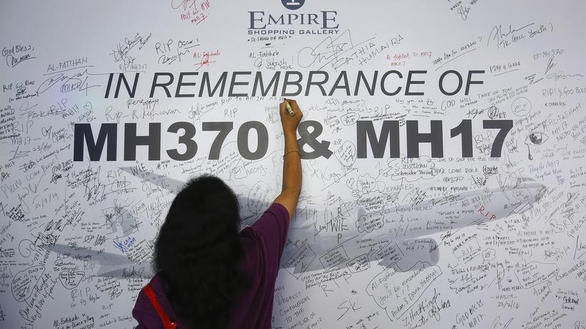 Malaysia-Airlines-Absturz: Opferangehörige kritisieren das Rennen um die Marke MH17