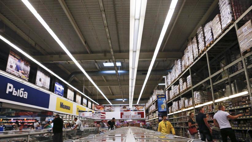 Ein Supermarkt von Metro in Moskau