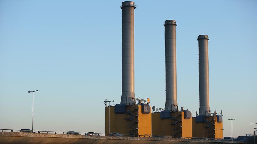 Freihandelsabkommen CETA: Der schwedische Energiekonzern Vattenfall (hier ein Kohlekraftwerk in Berlin) nutzt jetzt schon bestehende Investorenschutzverträge, um die Bundesrepublik zu verklagen.