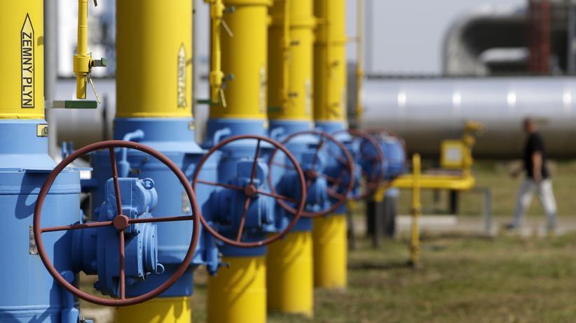 Gas: Ventile und Rohre an einer Gas-Kompressor-Station an der Ukrainisch-Slowakischen Grenze. Die Ukraine importiert seit August 2014 Gas aus der Slowakei.