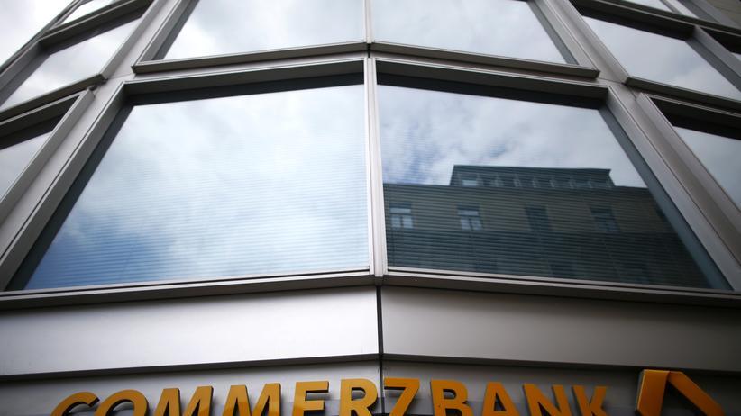 Negative Zinsen: Die Commerzbank will negative Zinsen für Großkunden einführen.