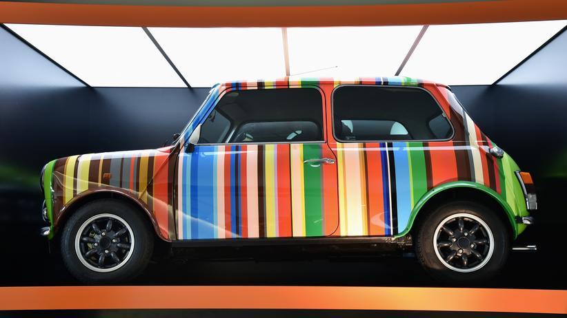 Ein bunter Mini in der Ausstellung im BMW-Museum
