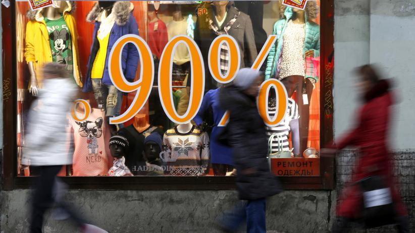 Wirtschaft, Russland, Russland, Wladimir Putin, Rubel, Notenbank, Sanktion, Kapitalflucht, Boris Jelzin, Diversifizierung, Dollar, Euro, Grafik, US-Dollar, Wechselkurs, Wirtschaftswachstum, Ölpreis, China, Indien, Türkei, Ukraine, Moskau, St. Petersburg