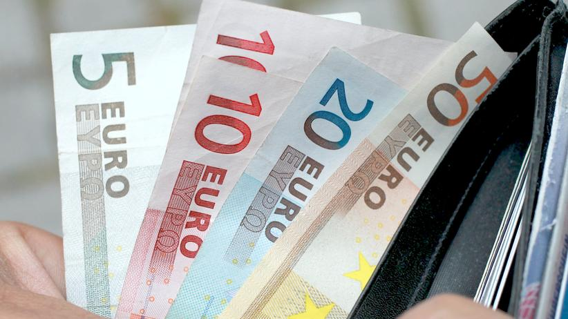 Bedingungsloses Grundeinkommen: Euro-Scheine