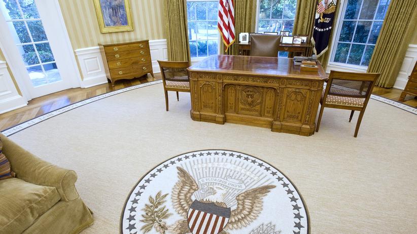 Das Oval Office im Weißen Haus in Washington