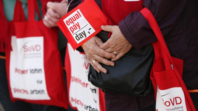 Equal Pay Day: Demonstranten auf dem Equal Pay Day 2014