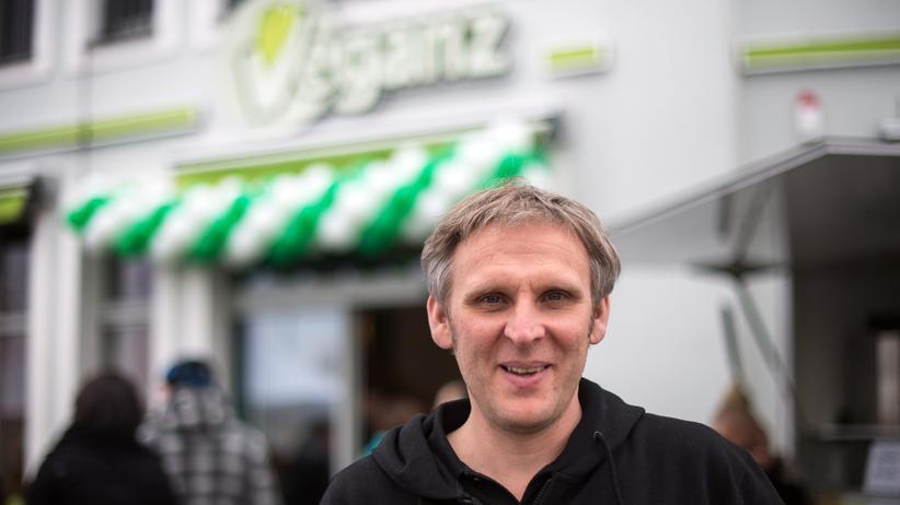 Wirtschaft, Was bewegt Jan Bredack?, Einzelhandel, Vegan, Veganismus, Unternehmen, Nachhaltigkeit