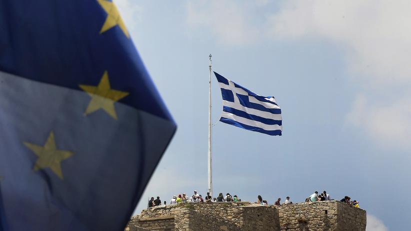 Griechenland: Fahnen auf der Akropolis in Athen