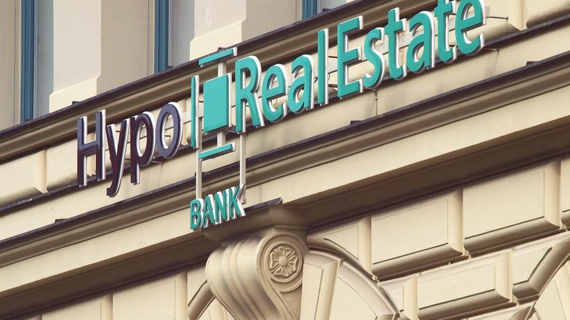 Hypo Real Estate: Bund bringt einstige Pleitebank an die Börse