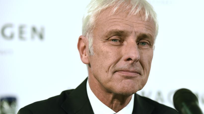 Abgas-Affäre: Matthias Müller bei der Pressekonferenz in Wolfsburg