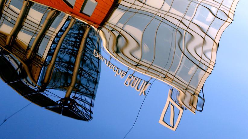Geldwäsche-Skandal: Deutsche Bank soll gegen Russland-Sanktionen verstoßen haben