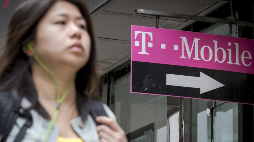 Cyberkriminalität: Hacker kopieren Daten von 15 Millionen T-Mobile-Kunden