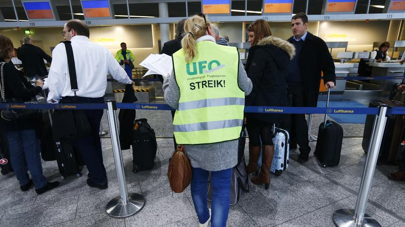 Tarifkonflikt: Lufthansa streicht Hunderte Flüge