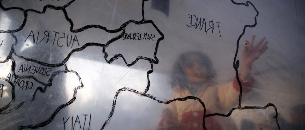 Ein Flüchtlings-Kind auf der griechischen Insel Lesbos
