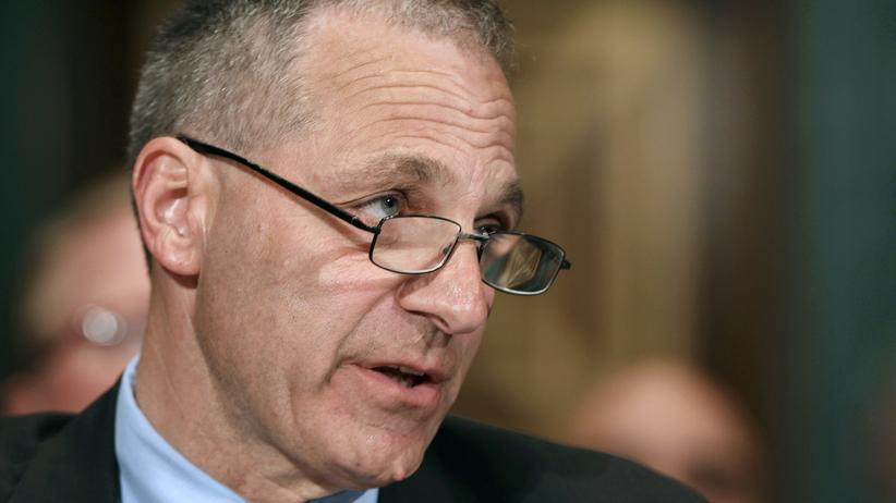 VW-Abgasskandal: Louis Freeh bei einer Anhörung in Washington