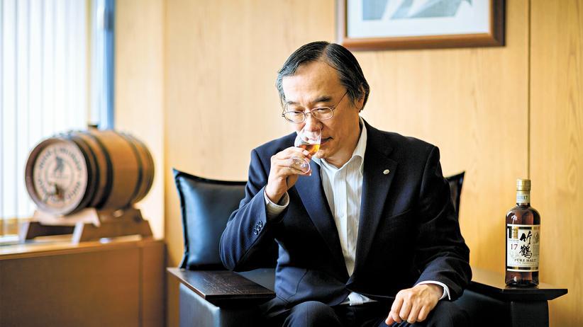 Whisky: Dienst ist Dienst: Keiichi Nakagawa in der Firmenzentrale von Nikka in Tokio