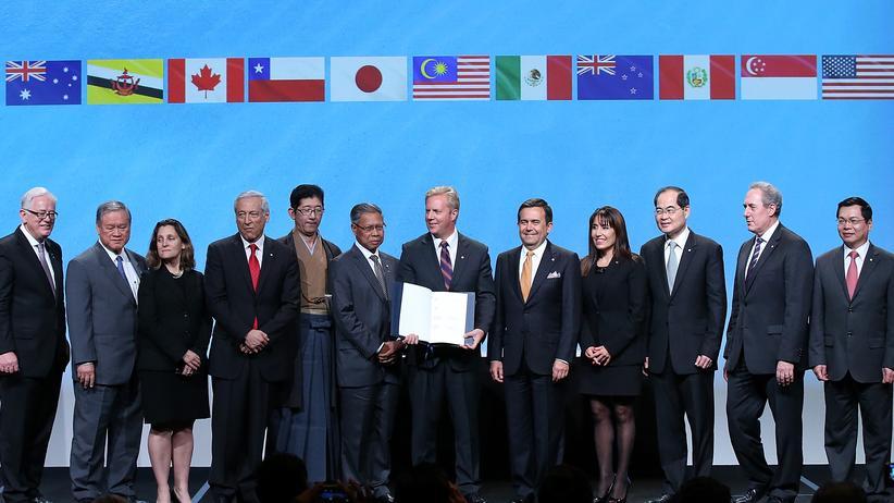 Freihandelsabkommen: Zwölf Länder unterzeichnen das Freihandelsabkommen TPP