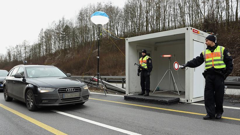Flüchtlingskrise: An deutschen Grenzen wird wieder kontrolliert