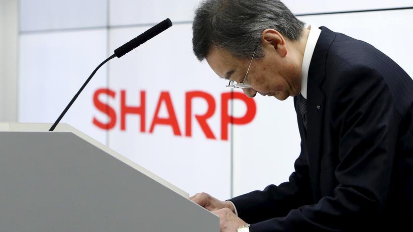 Elektronik: Kozo Takahashi, CEO von Sharp, bei einer Pressekonferenz