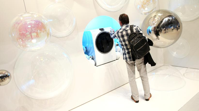 Eine Waschmaschine, die sich per Smartphone bedienen lässt