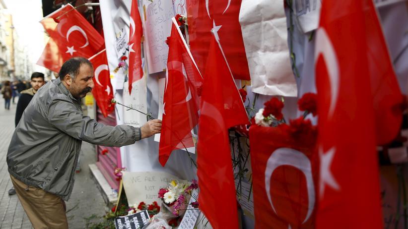 Hören, was bewegt: Die Türken trauern um die Anschlagsopfer