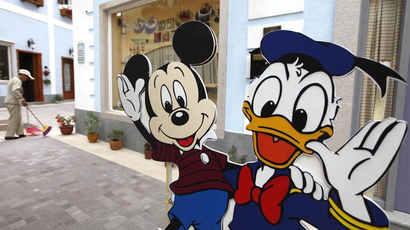 Donald-Duck-Comics: Warum ist Donald Duck ein gutes Geschäft? Weil ihn alle mögen. Auch in China, hier in einem Nachbau des österreichischen Dorfs Hallstadt in der Stadt Huizhou, Provinz Guangdong (Archiv).