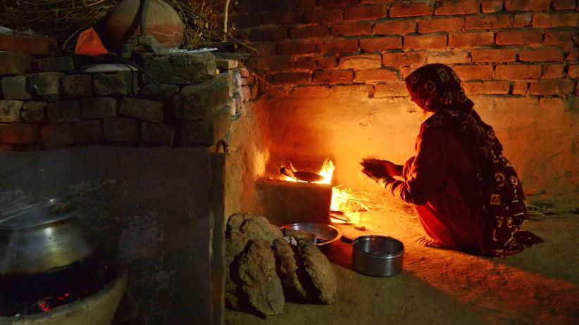 Indien: Es qualmt aus den Küchen