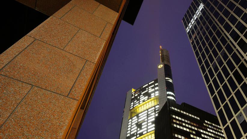 Steuervermeidung: Ausgerechnet die Commerzbank soll den Steuertrick umfassend angewendet haben.