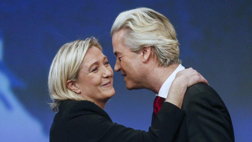 Großbritannien: Marine Le Pen (links), die 2017 französische Präsidentin werden will, und Geert Wilders von der PVV in den Niederlanden wollen nach dem Brexit ähnliche Referenden in ihren Ländern durchsetzen.