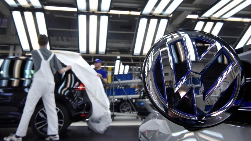 Volkswagen: Golf-Produktion im Wolfsburger Werk von Volkswagen