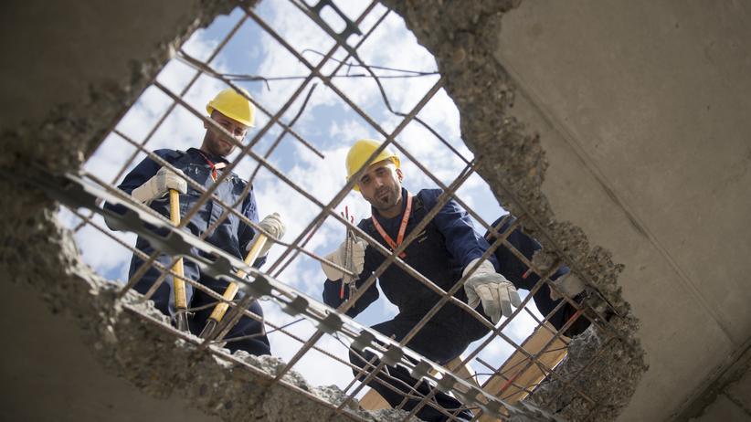 Flüchtlinge: Die Haushalte schaffen das