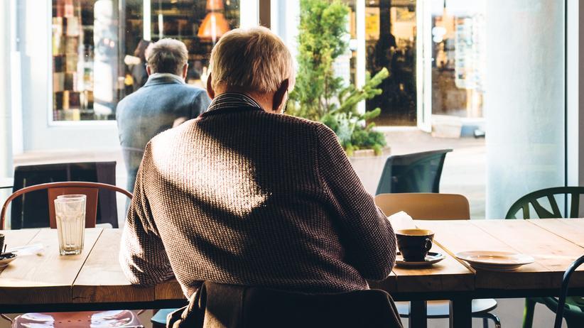 Die meisten Deutschen machen sich Sorgen, ob das Geld in der Rente reicht. Allerdings gehen viele davon aus, dass sie schon irgendwie zurechtkommen werden.