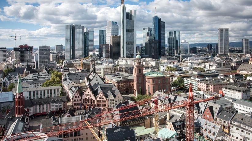 Sachverständigenrat für Wirtschaft: die Banken-Skyline von Frankfurt am Main