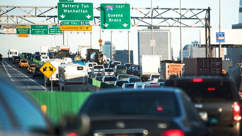 Donald Trump: Jetzt baut er auch noch Autobahnen