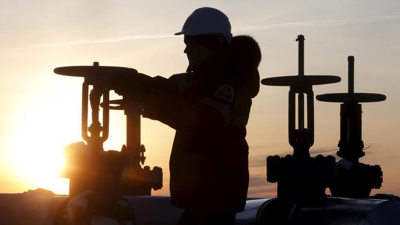 Ölpreis: Erdölstaaten wollen gemeinsam weniger Öl fördern