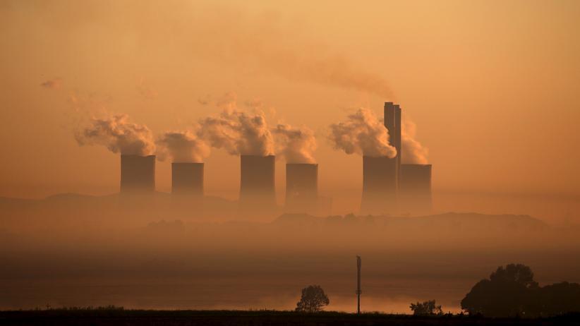Protektionismus: Ein Kohlekraftwerk in Südafrika